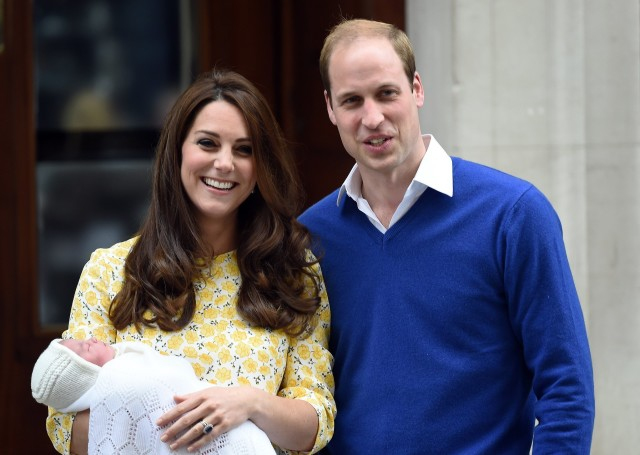 Pangeran William dan Kate Middleton (Sumber: popsugar.com)