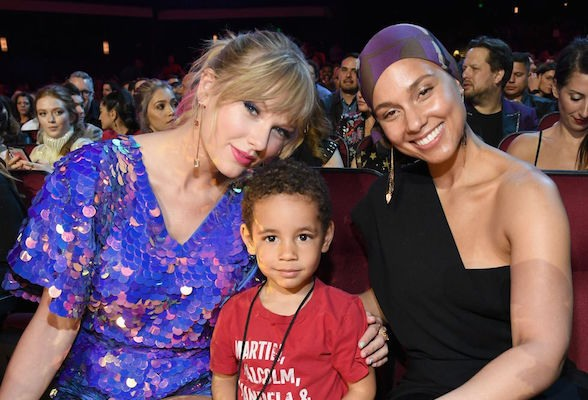 Anak Alicia Keys pengagum Taylor Swift